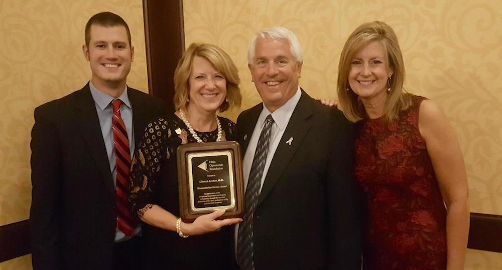 Dr. Cheryl Archer receiving her award